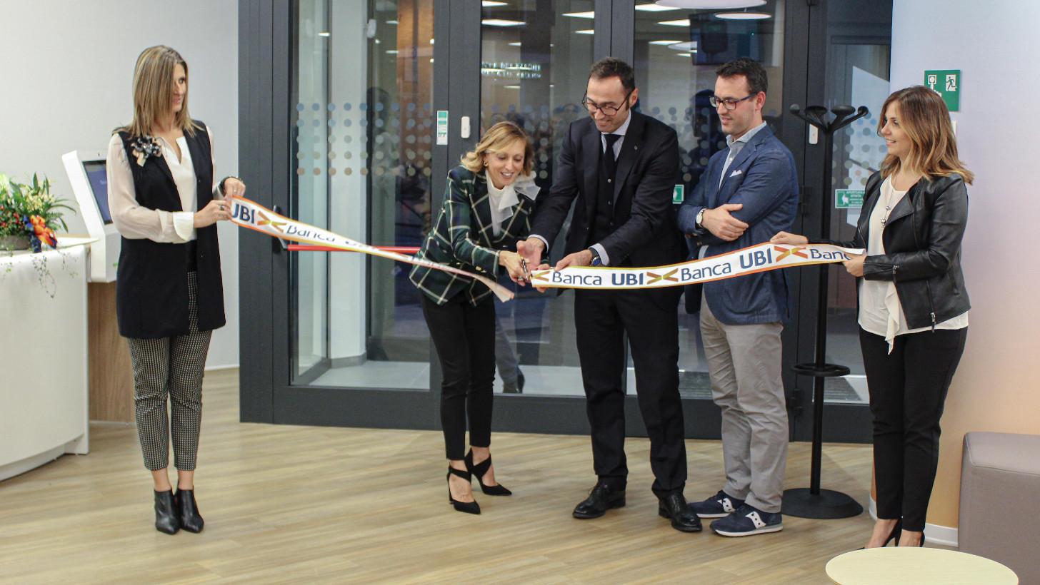 Chiaravalle: Ubi inaugura rinnovata filiale - Vivere Jesi